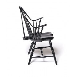 Black Continuous-arm Windsor Chair with brace