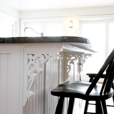 cottage kitchen in white countertop details