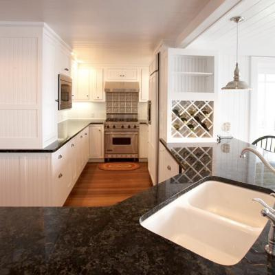 island view cottage kitchen in white